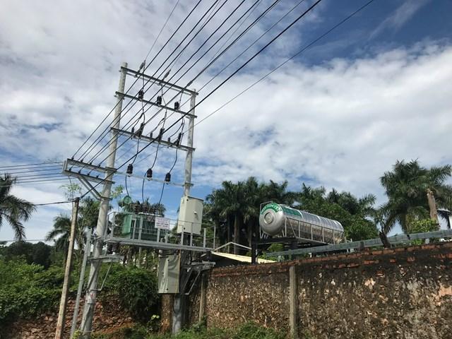 Công ty đã chiếm dụng đất công để xây dựng trạm điện và bị xử phạt 5 triệu đồng.