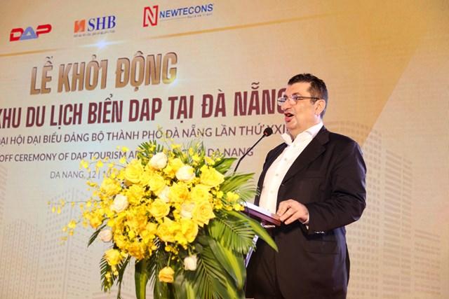 Ông Sam Rehani, Chủ tịch Tập đoàn Magnum Asia Limited, đại diện Chủ đầu tư phát biểu tại Lễ khởi động dự án Khu du lịch biển DAP.