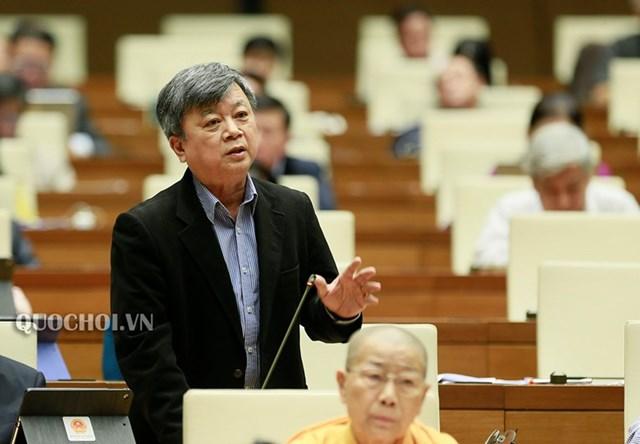 Đại biểu Quốc hội Trương Trọng Nghĩa trên diễn đàn Quốc hội. Ảnh: Quochoi.vn