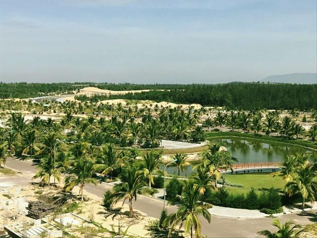 Hạng mục thi công hồ cảnh quan tại FLC Lux City Quy Nhon cũng đã dần hoàn thiện