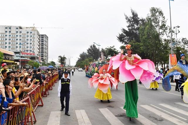 Carnival đường phố sẽ khuấy động Lễ hội Du lịch Biển Sầm Sơn 2020  - Ảnh 3