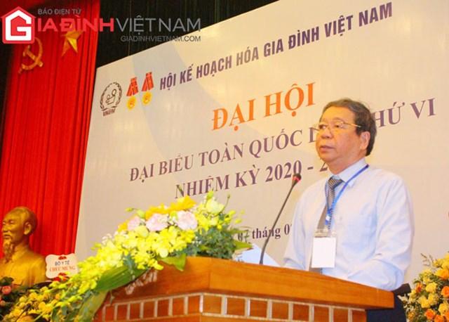 TS. Nguyễn Bá Thủy phát biểu tại đại hội