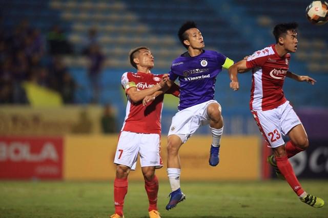 Hà Nội FC đã chứng tỏ sự trở lại mạnh mẽ của mình trong hành trình bảo vệ ngôi vương ở V.League khi đánh bại đối thủ TP. HCM