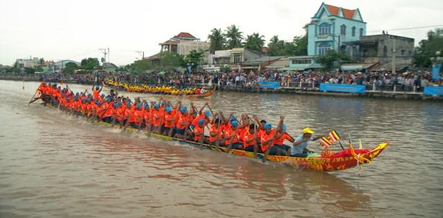 Một hoạt động trong dịp Lễ hội Ok Om Bok tỉnh Trà Vinh