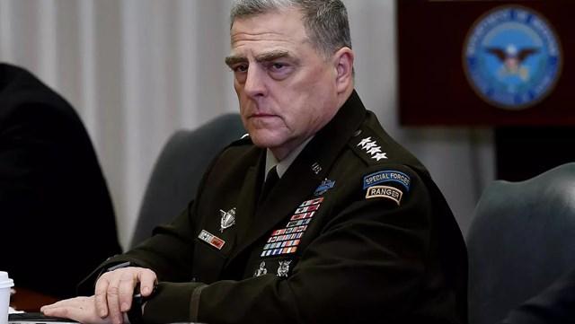 Tướng Mark Milley, Chủ tịch Hội đồng Tham mưu trưởng Liên quân Mỹ, phải cách ly.
