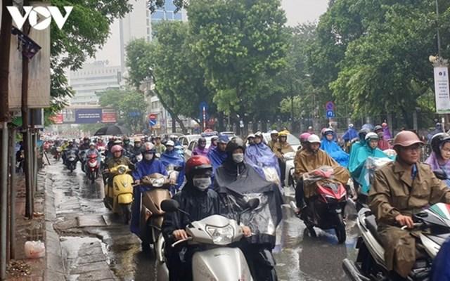 Dự báo thời tiết hôm nay: Hà Nội mưa to, trời lạnh - Ảnh 1