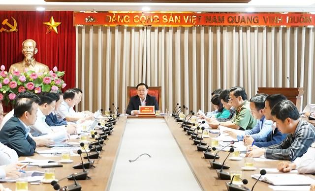 Bí thư Thành ủy Hà Nội Vương Đình Huệ phát biểu tại cuộc họp. Ảnh: VGP/Gia Huy.