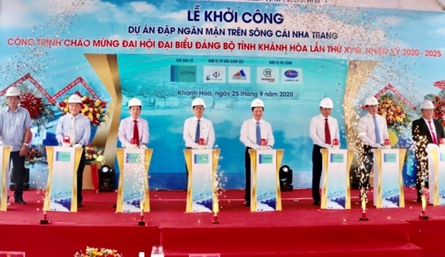 Lễ khởi công xây đập ngăn mặn ở Nha Trang.
