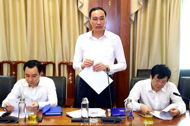 Phó Chủ tịch Phùng Khánh Tài thông tin về tiếnđộ Giải.Ảnh: Kỳ Anh.