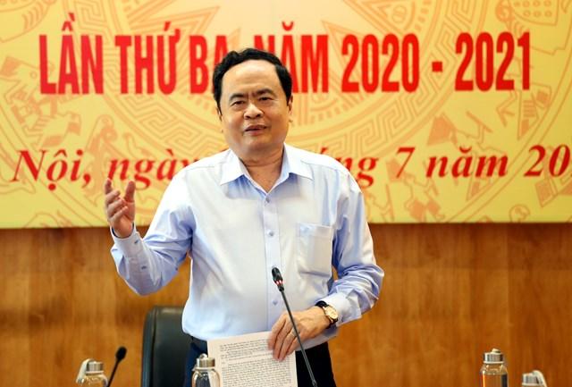 Chủ tịch Trần Thanh Mẫn phát biểu chỉđạo tại cuộc họp.Ảnh: Kỳ Anh.