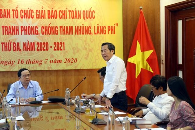 Chủ tịch Hội Nhà báo Việt Nam Thuận Hữu phát biểu.Ảnh: Kỳ Anh.