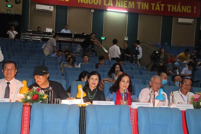 Hội đồng giám khảo cuộc thi.
