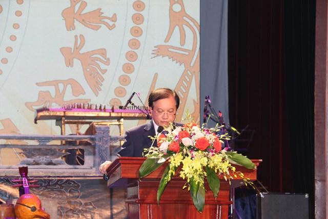 Thứ trưởng Bộ VHTTDL Tạ Quang Đông phát biểu tại lễ Bế mạc.