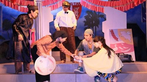 Vở Bệnh sĩ của Nhà hát Kịch Việt Nam
