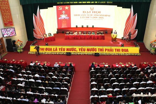 Toàn cảnh Đại hội thi đua yêu nước tỉnh Ninh Bình lần thứ V