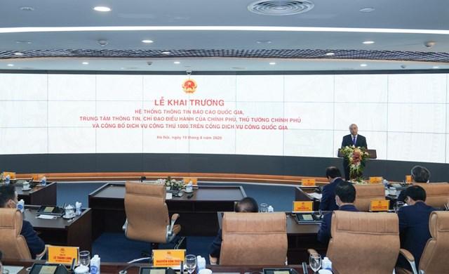 Thủ tướng Chính Phủ dự lế công bố Hệ thống thông tin báo cáo Quốc gia và công bố dịch vụ công trực tuyến thứ 1000 trên Cổng Dịch vụ Công Quốc gia.