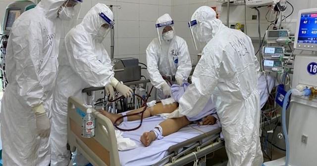 Trong số 243 bệnh nhân đang điều trị Covid-19 tại Đà Nẵng, có 31 bệnh nhân tiên lượng nặng, rất nặng và nguy kịch.