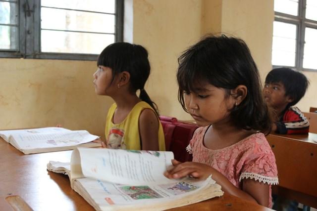 Buổi học của các em học sinh tiểu học tại Tây Nguyên. Ảnh minh họa.