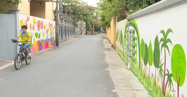 Những con đường nông thôn mới được hình thành từ lòng dân, sức dân. Ảnh: Xuân Cát.