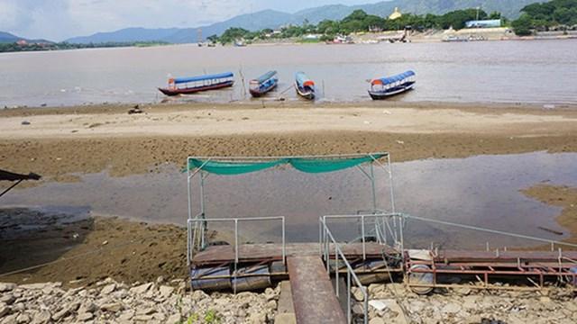 Đồng bằng sông Cửu Long đang đối diện với mùa lũ thấp. Ảnh: Hoàng Thiện.