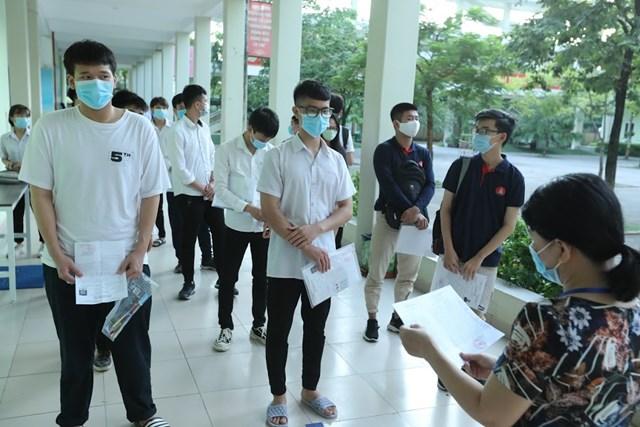 Thí sinh trong kỳ thi tốt nghiệp THPT 2020. Ảnh: Quang Vinh.