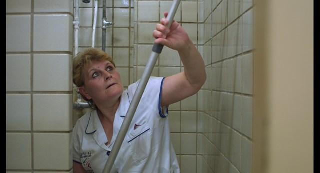 Cảnh trong phim Nhà tắm công cộng, của Bỉ.
