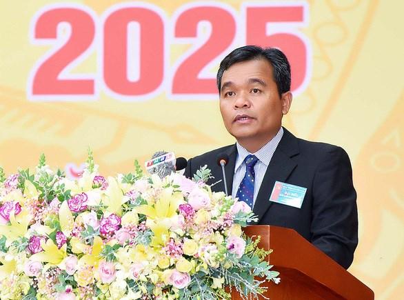 Đồng chí Hồ Văn Niên được bầu làm Bí thư Tỉnh ủy Gia Lai nhiệm kỳ mới.