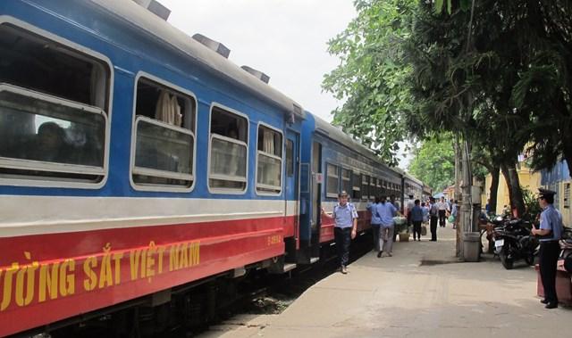 Ngành đường sắt đang gặp nhiều khó khăn, thách thức.