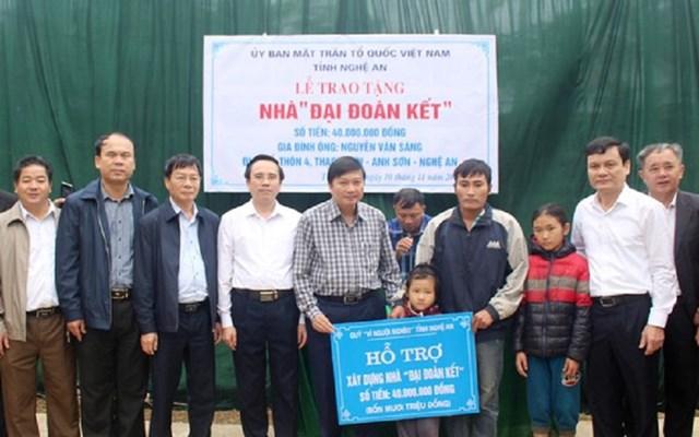 MTTQ tỉnh Nghệ An tập trung làm nhà Đại đoàn kết để chăm lo cuộc sống cho nhân dân.