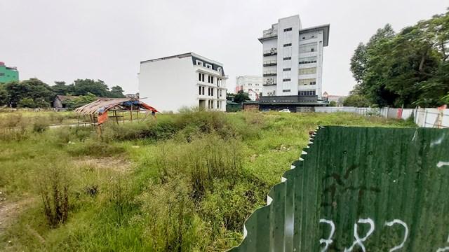 Dự án TTTM sau 8 năm gần như vẫn chỉ là bãi đất trống.