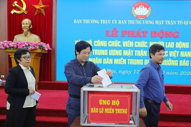 Phó Tổng biên tập phụ trách: Lê Anh Đạt