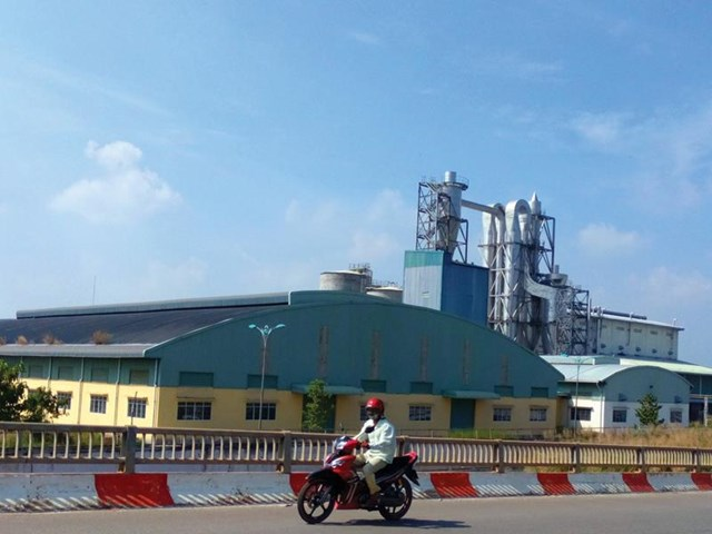 Nhà máy Bột giấy Phương Nam.
