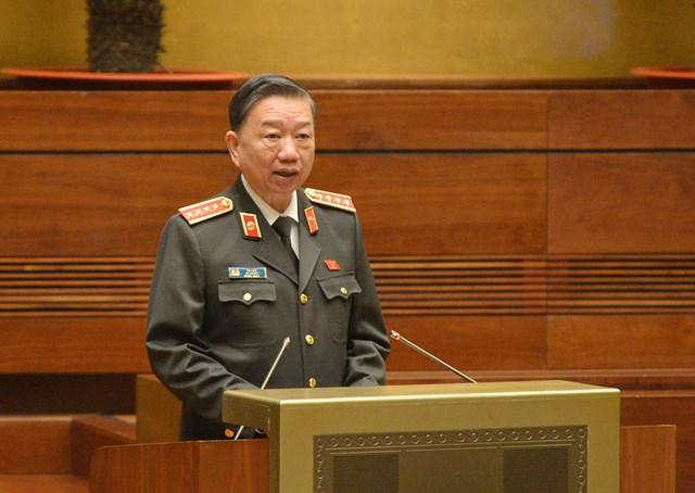 Bộ trưởng Bộ Công an Tô Lâm báo cáo trước Quốc hội về công tác phòng, chống tội phạm và vi phạm pháp luật; công tác phòng, chống tham nhũng trong năm 2020.