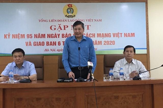 Phó Chủ tịch Thường trực Tổng LĐLĐ Việt Nam Trần Thanh Hải phát biểu tại hội nghị.