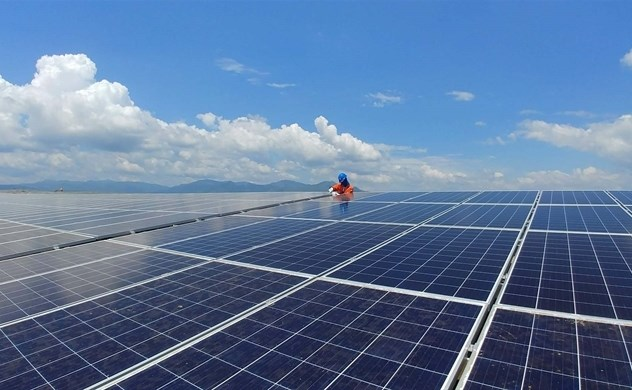 Các dự án điện mặt trời phát triển quá nhanh, trong khi lưới truyền tải không theo kịp. Nguồn:EVN.