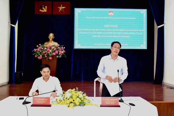 Phó Chủ tịch Thường trực Ủy ban MTTQ Việt Nam TP HCM Nguyễn Thành Trung phát biểu kết luận hội nghị.