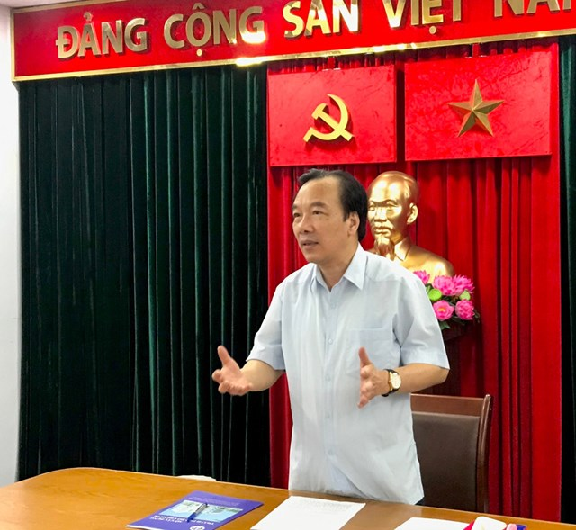 Phó Chủ tịch Ngô Sách Thực phát biểu tại buổi làm việc với Sở Xây dựng.