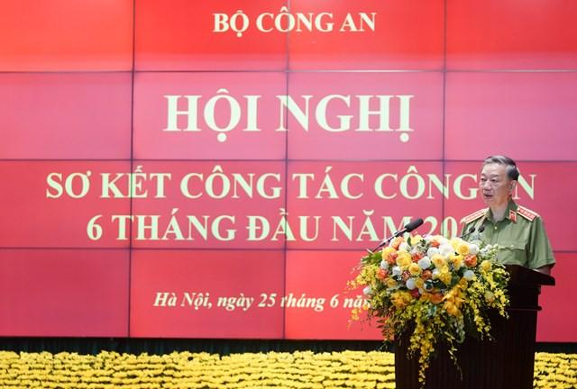 Thủ tướng dự Hội nghị sơ kết công tác công an 6 tháng đầu năm 2020 - Ảnh 3