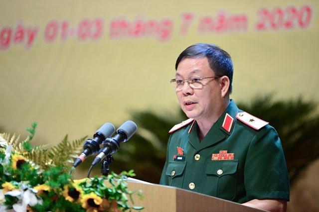 Thiếu tướng Lê Đăng Dũng, Quyền Chủ tịch kiêm Tổng giám đốc Tập đoàn Viettel phát biểu tại Đại hội.