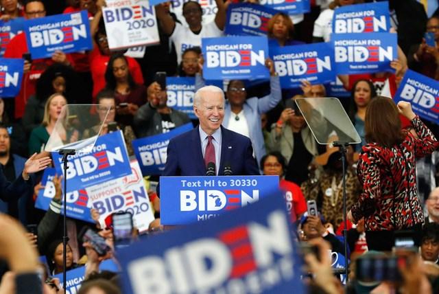 Ông Joe Biden vận động tranh cử ở thành phố Detroit. Ảnh: AP.