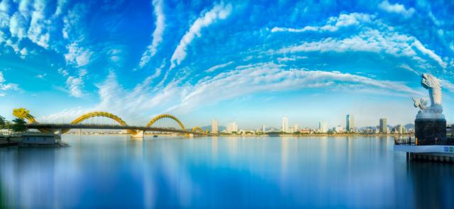 Ảnh 3: Đà Nẵng - thành phố du lịch tuyệt vời nhất cho các cặp đôi (Ảnh: Shuterstock – by Tang Trung Kien).