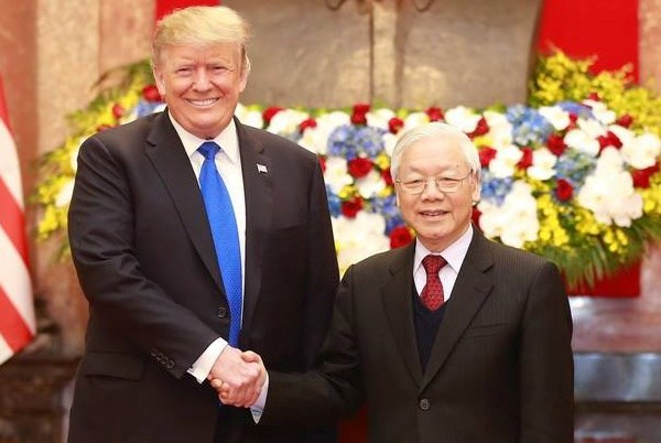 Tổng bí thư, Chủ tịch nước Nguyễn Phú Trọng và Tổng thống Mỹ Donald Trump. Ảnh: TTXVN.