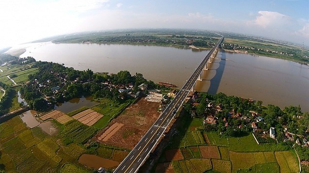 Gần 30 năm qua,  một số dự án quy hoạch sông Hồng vẫn chưa thành hiện thực.