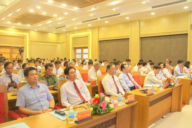 Quang cảnh Khai mạckỳ họp thứ 11, HĐND tỉnh Khánh Hòa khóa VI.