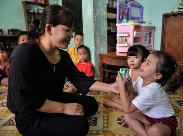 Quỹ sữa Vươn cao Việt Nam và Vinamilk tiếp tục hành trình kết nối yêu thương tại TP HCM - Ảnh 6