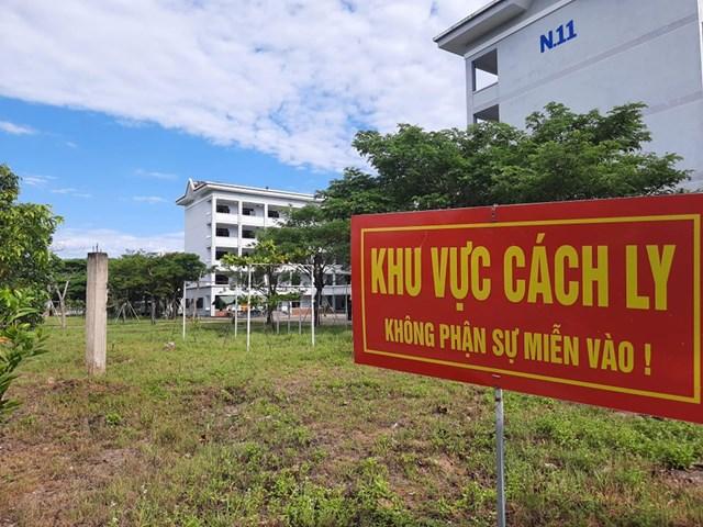 Khu cách tại trường trung cấp CSND V.