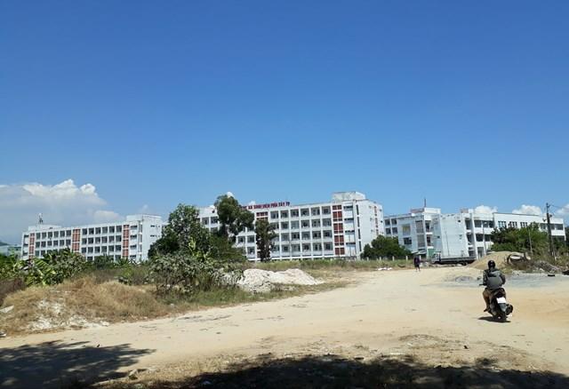 Ký túc xá sinh viên phía Tây trên địa bàn quận Liên Chiểu được TP Đà Nẵng trưng dụng làm nơi cách ly tập trung. Ảnh Bình Nguyên.