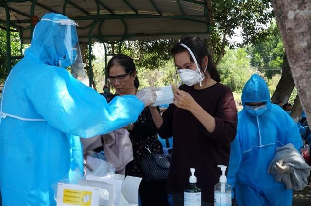 Ngành y tế Quảng Ngãi tăng cường phòng chống dịch Covid-19.