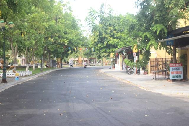 Các tuyến đường khu phố An Hội ít phương tiện đi lại.