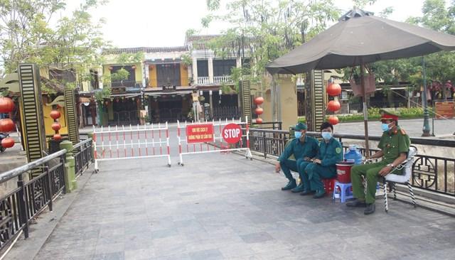 Ngành chức năng Quảng Nam tăng cường chốt chặn phòng, chống dịch Covid-19.
